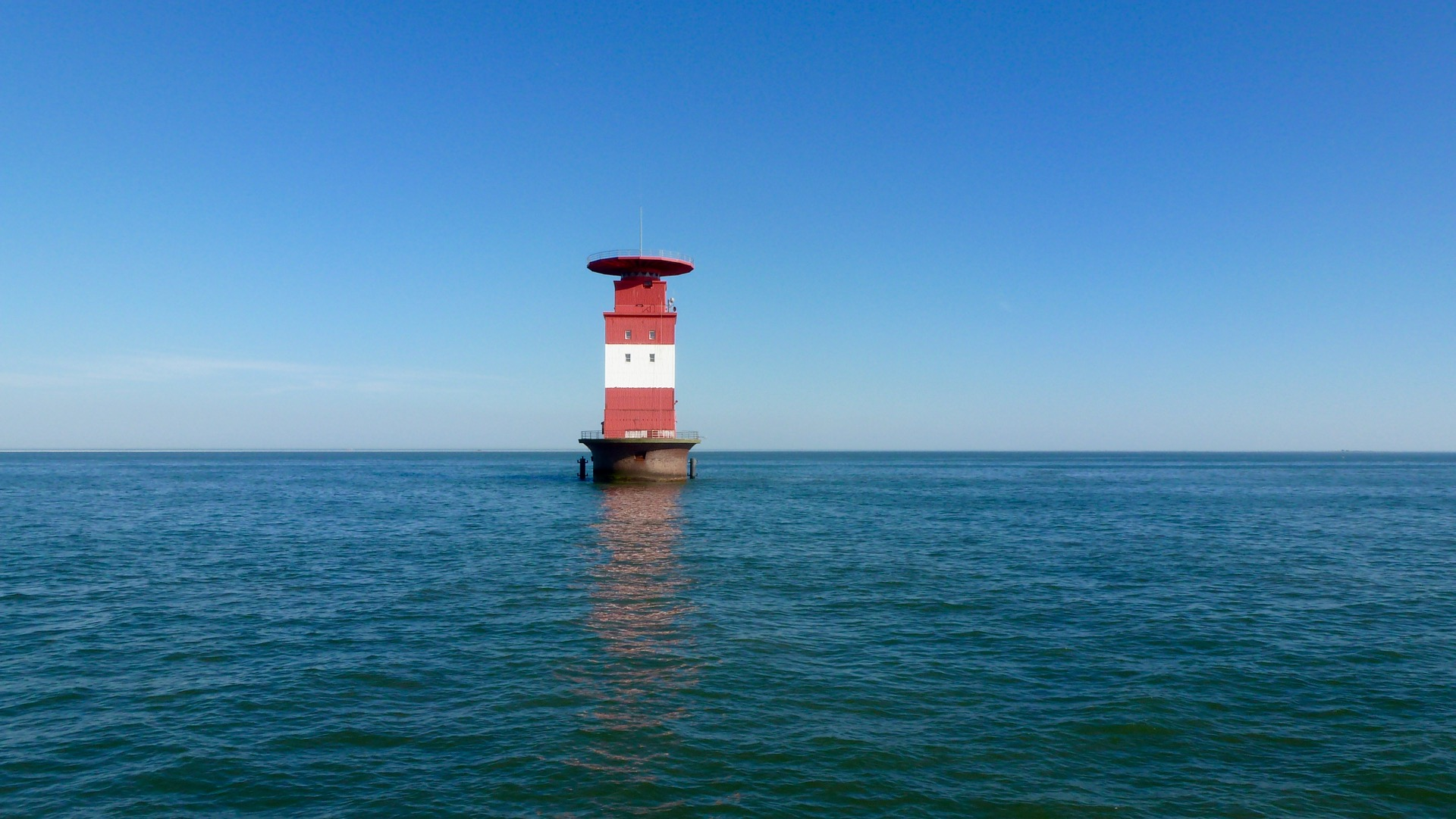 "Leuchtturm Alte Mellum, Friesland  -  Light House ""Alte Mellum"" (North Sea)"